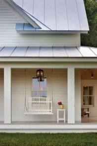 Rustic farmhouse front porch decorating ideas 29