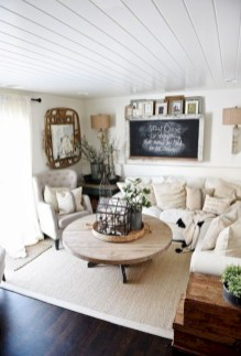 Rustic farmhouse living room decor ideas 15