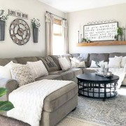 Rustic farmhouse living room decor ideas 22