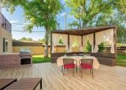 Creative ideas for a better backyard 43
