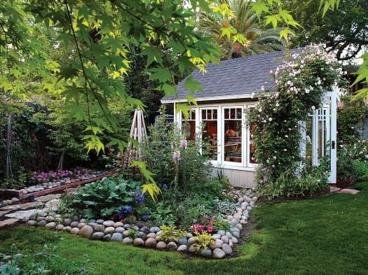Creative ideas for a better backyard 47