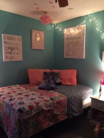 Easy and awesome wall light ideas for teens 37