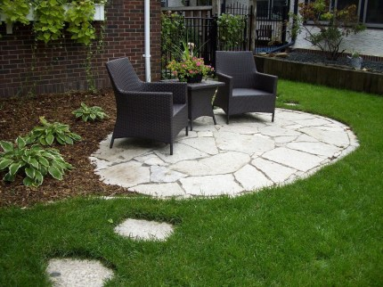 Easy and cheap backyard ideas you can make them for summer 39