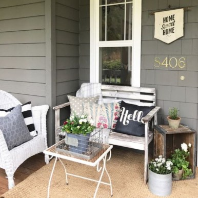 Spring decor ideas for your front porch 10