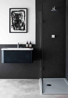 Stunning showers that will wash your body and soul 41