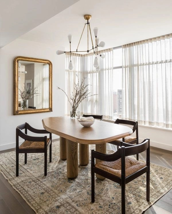 Stunning ways to re-decorate your dining room 35
