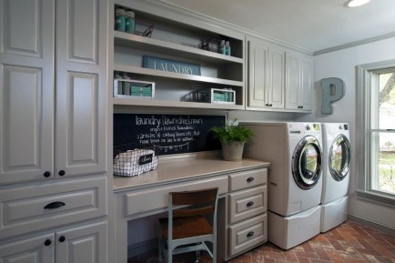 Beautiful and functional laundry room design ideas to try 05