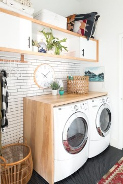 Beautiful and functional laundry room design ideas to try 16