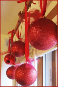Diy holiday projects using dollar store ornaments 27
