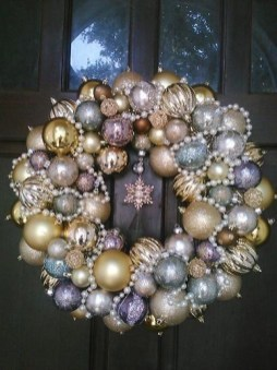Diy holiday projects using dollar store ornaments 42