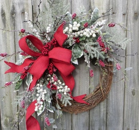 On a budget diy christmas wreath to deck out your door 23