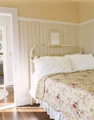 Awesome rustic bedroom furniture ideas to get the farmhouse charm 24