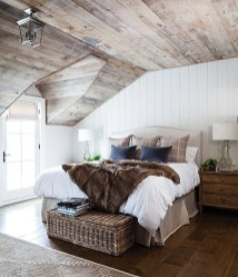 Awesome rustic bedroom furniture ideas to get the farmhouse charm 37