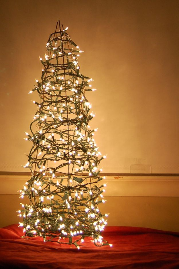 Beautiful diy christmas light decoration ideas 40