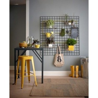 Best diy decor ideas for your home using wire wall grid 13