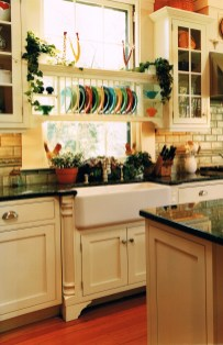 Colorful farmhouse style you will want to know 10