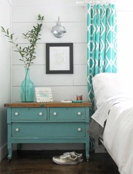 Colorful farmhouse style you will want to know 22
