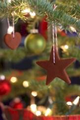 Creative diy farmhouse ornaments for christmas 05