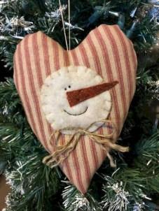 Creative diy farmhouse ornaments for christmas 29