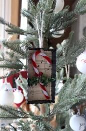 Creative diy farmhouse ornaments for christmas 44