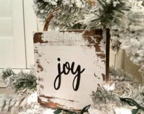 Creative diy farmhouse ornaments for christmas 51