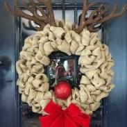 Diy christmas wreath ideas to decorate your holiday season 09