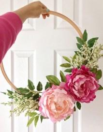Diy christmas wreath ideas to decorate your holiday season 12