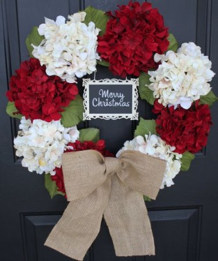 Diy christmas wreath ideas to decorate your holiday season 28