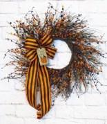 Diy christmas wreath ideas to decorate your holiday season 34
