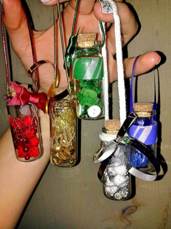 Diy holiday projects using dollar store ornaments 18