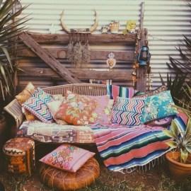 Enthralling bohemian style home decor ideas to inspire you 46