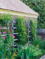 Inspiring vertical garden ideas for your small space 31