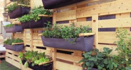 Inspiring vertical garden ideas for your small space 46