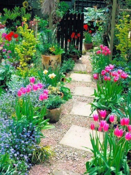 Pathway design ideas for your garden 10