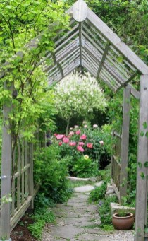 Pathway design ideas for your garden 33