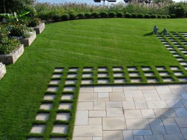 Pathway design ideas for your garden 42