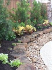 Simple rock garden decor ideas for your backyard 29