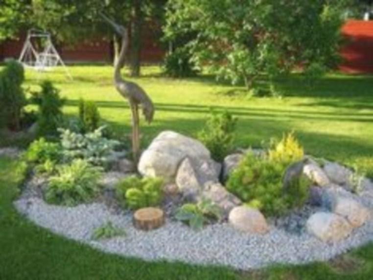 Simple rock garden decor ideas for your backyard 34