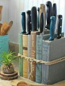 Smart and unusual book's storage ideas for book lovers 12