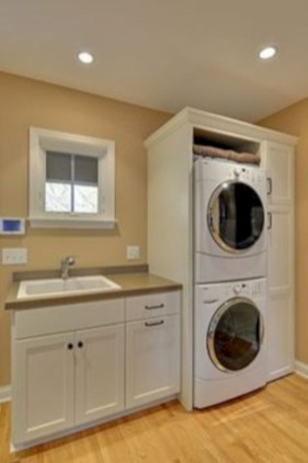 Beautiful and functional small laundry room design ideas 53