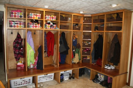 Handy corner storage ideas that will maximize your space 13