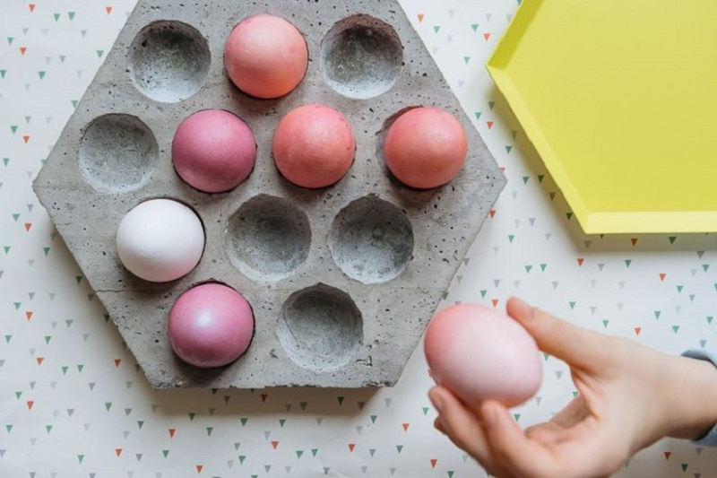 Egg Tray With Hexagon Shape