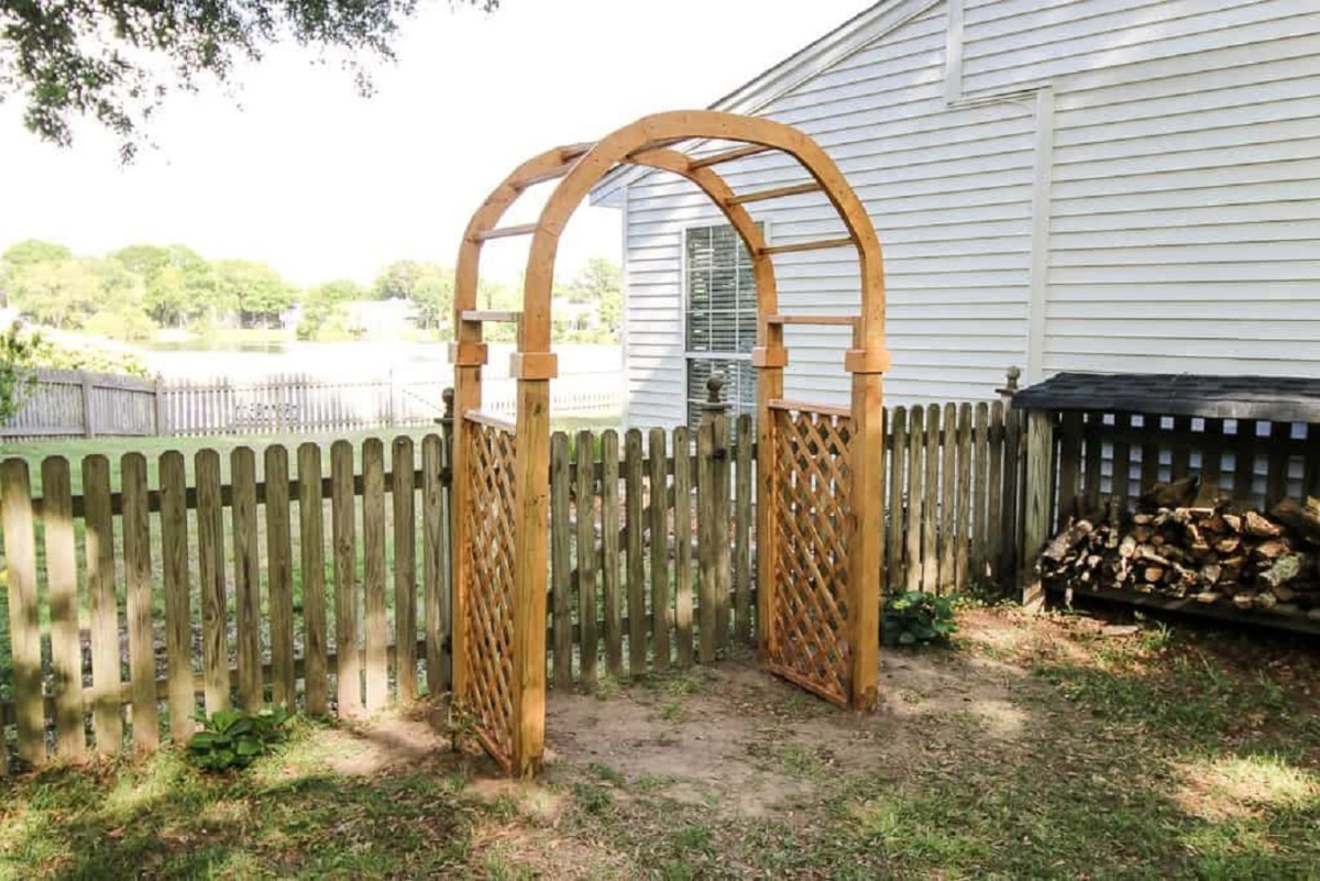 Arbor arch DIY Garden Plans Arch Ideas To Create Beautiful Welcoming Frame