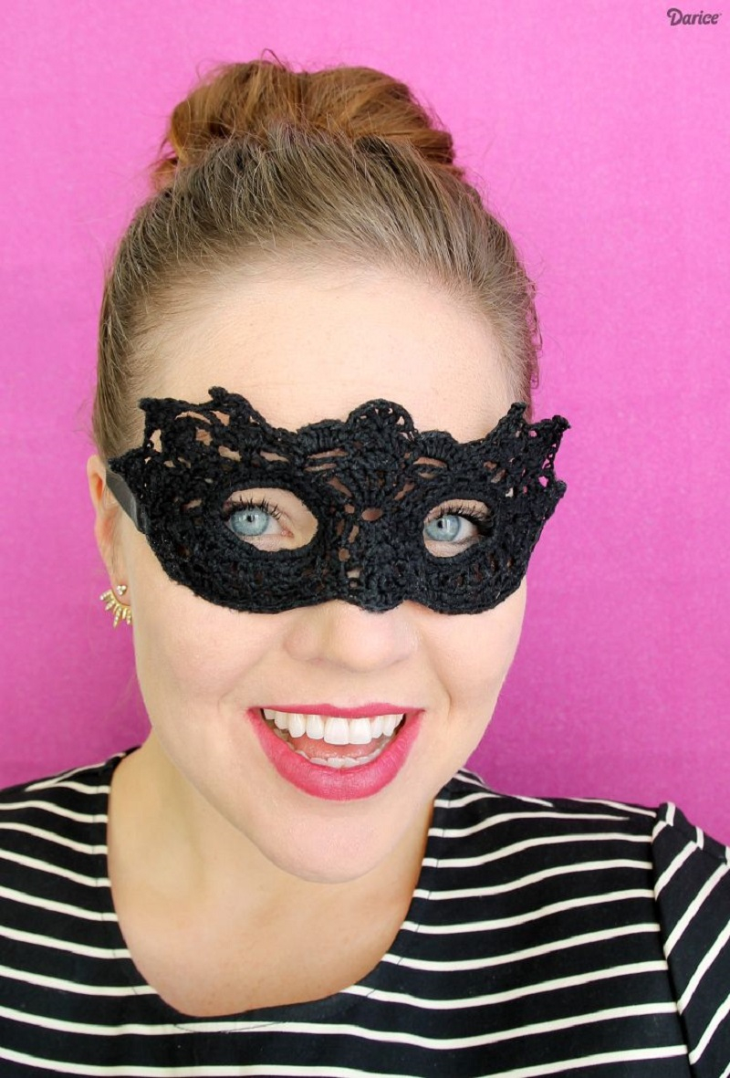 Diy crochet mask