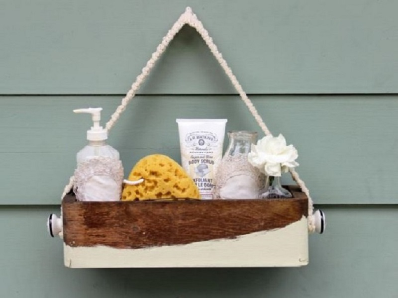 Bath caddy for guests