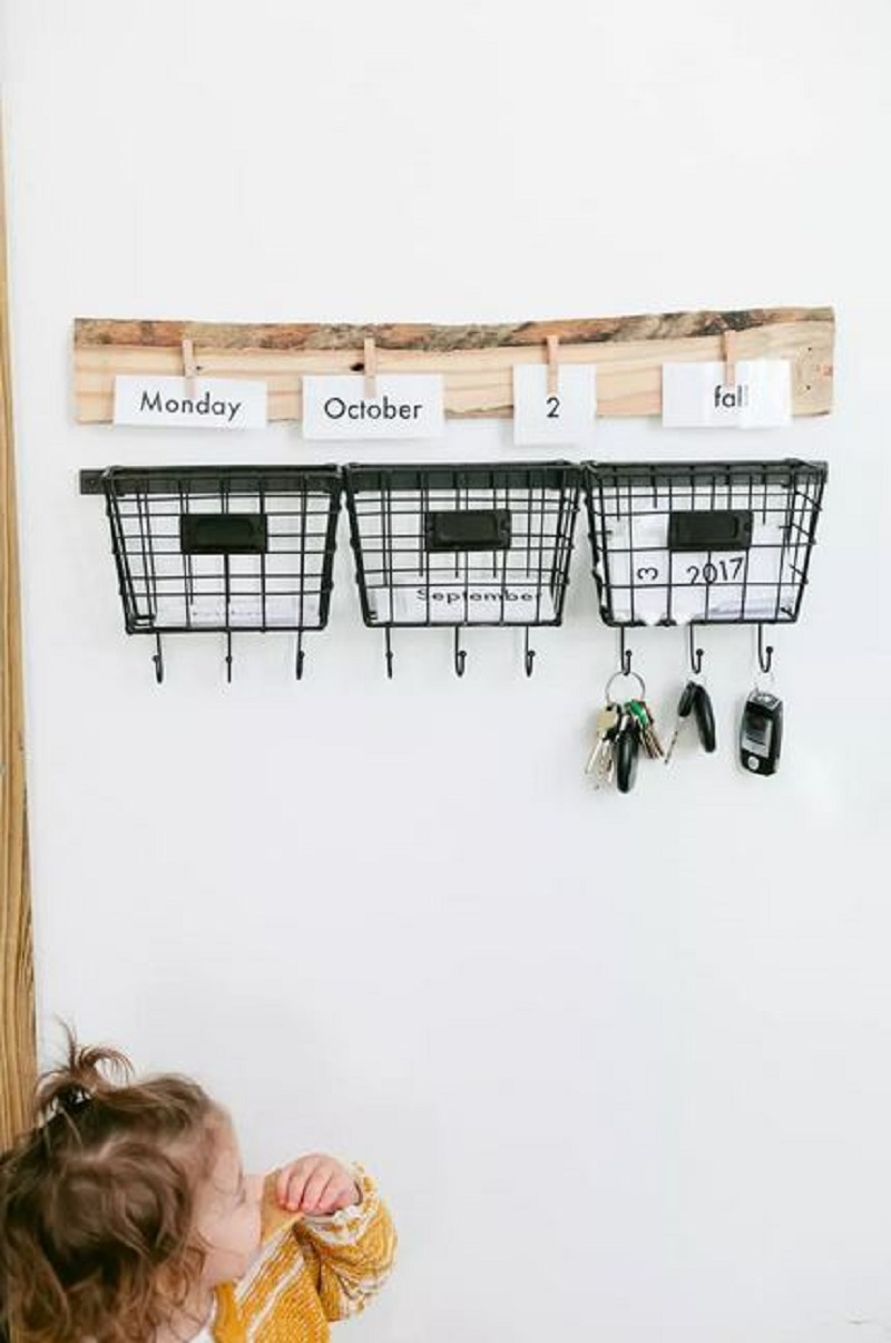 Cute entryway calendar