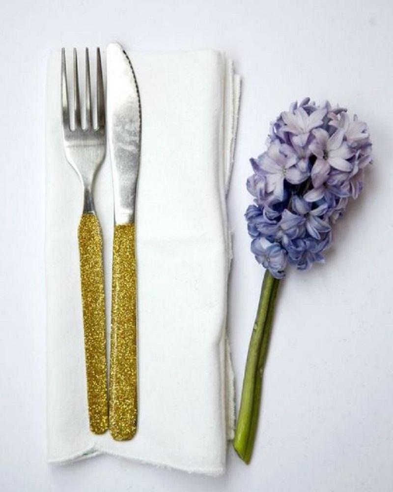 Diy awesome glitter cutlery