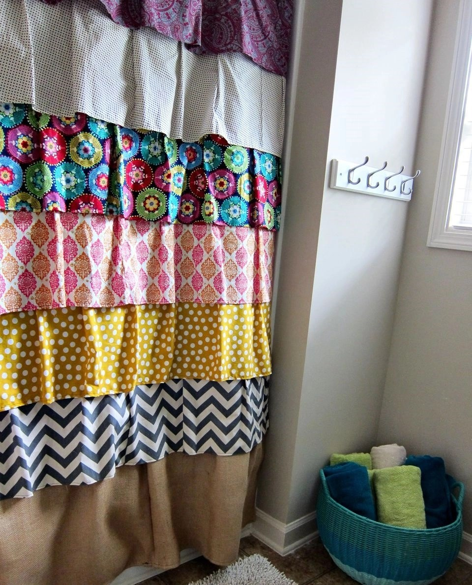 Fabric remnants shower curtain with ruffles DIY Charming Shower Curtains To Show Your Stylish Bathroom