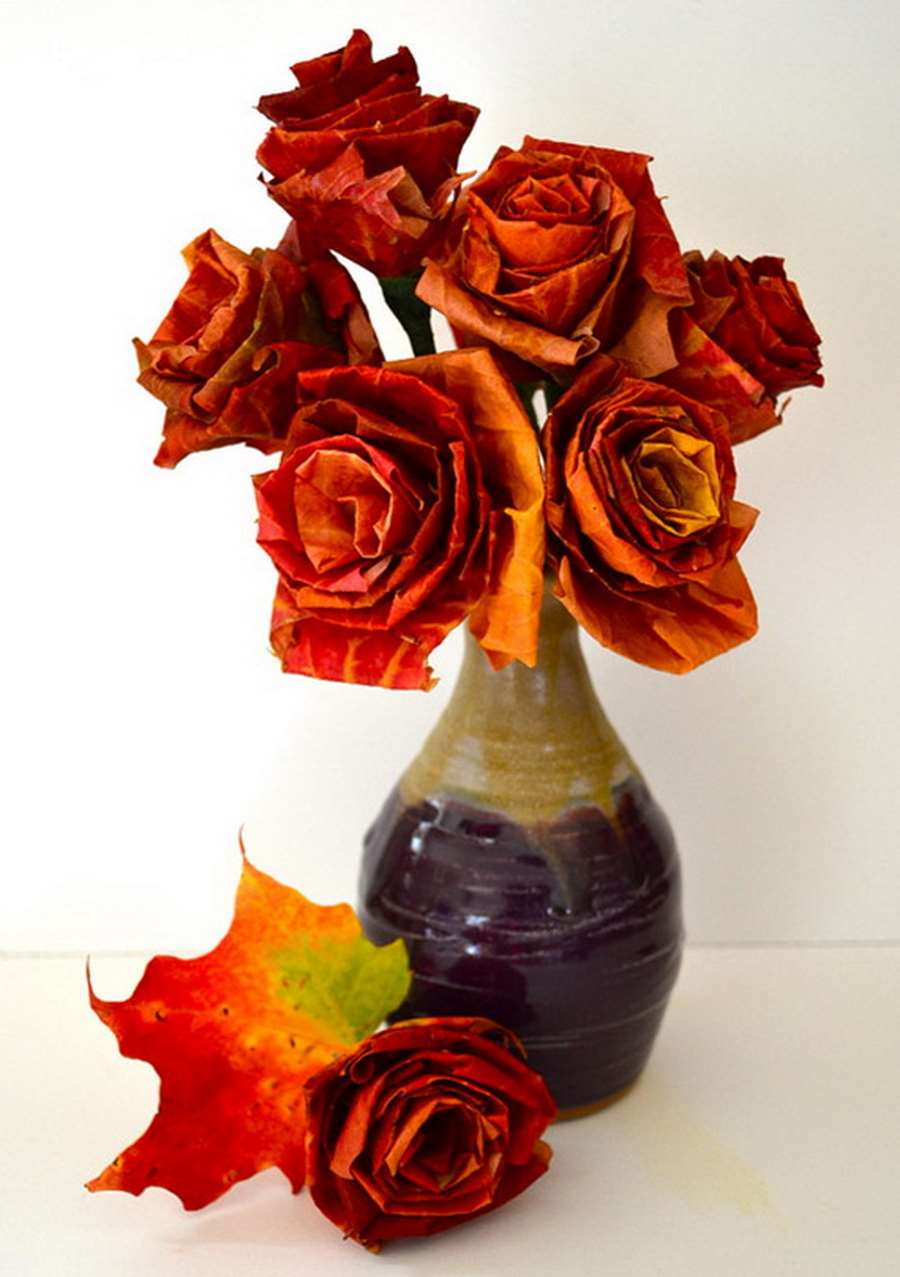 Fall leaf roses DIY Numerous Elegant Ways To Decorate With Leaf This Fall