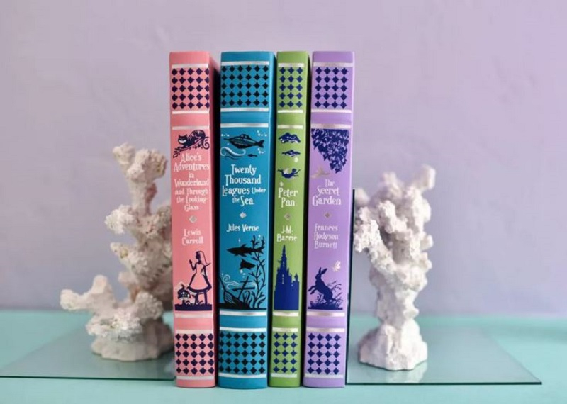 Faux coral bookends